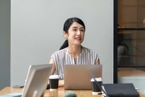 woman at work, how to be more assertive