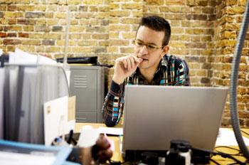 desktop-publishing-work-office-computer