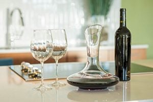 le-chateau-wine-decanter-100-hand-blown-lead-free-crystal-glass-wine-carafe-0-2