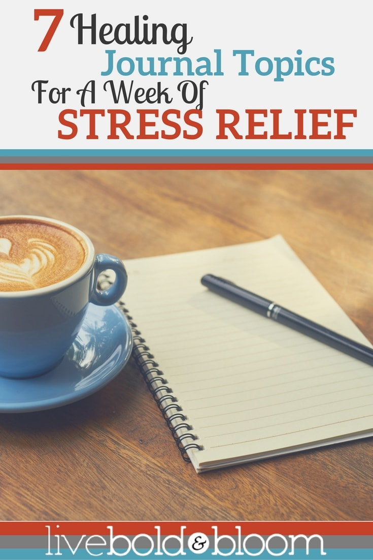 Here are 7 daily healing journal topics to help you to start your practice of journaling.