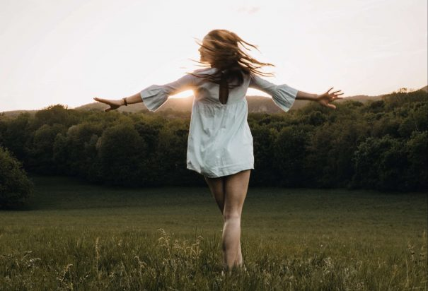 happy woman, how to better yourself