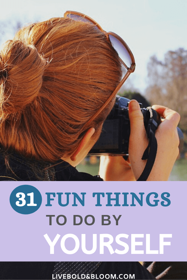 Do you feel pressure to socialize all the time, or do you long for some time by yourself to recharge? Check out these 31 fun things to do alone.