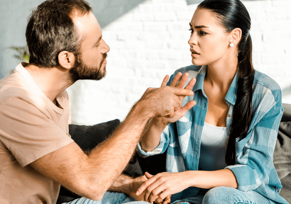 signs of controlling husband