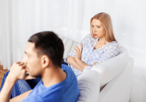 unhappy couple, my husband never compliments me